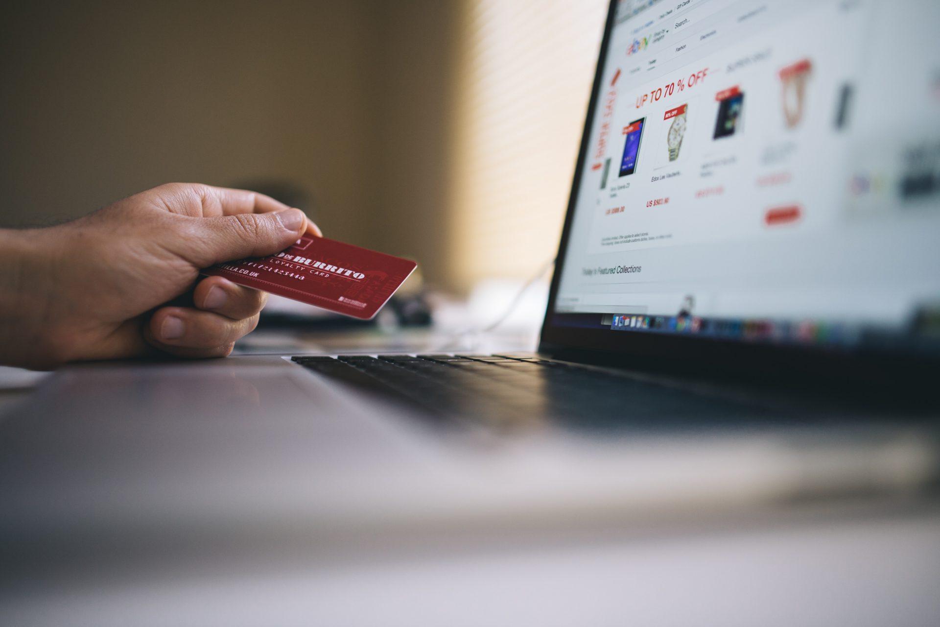 Пример аналитической статьи на украинском для продуктовой IT-компании в сфере e-commerce